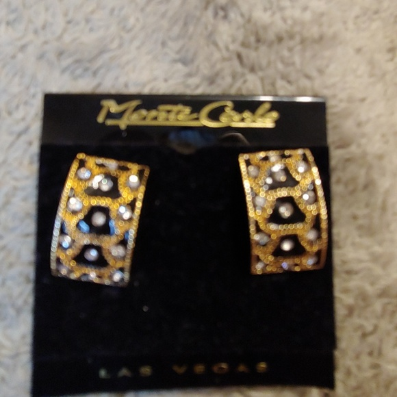 Monte Carlo Jewelry - Vintage Cheetah Clip On Earrings